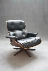 Eames Lounge Chair, Vitra (schwarz)