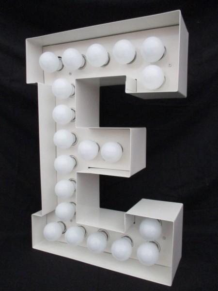 "Leuchtbuchstabe ""E"""