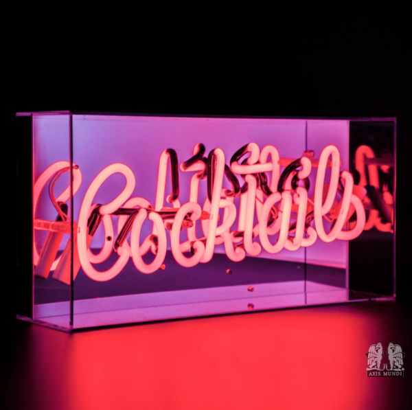 'Cocktails', Neonschrift