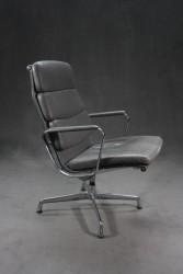 "Bürostuhl ""Eames Alu Chair EA215"""