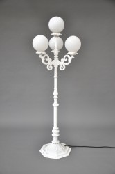 Stehlampe / Laterne