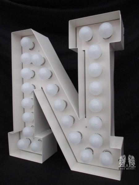 """Leuchtbuchstabe """"N"""""""