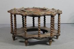 Holztisch mit Becken Antik